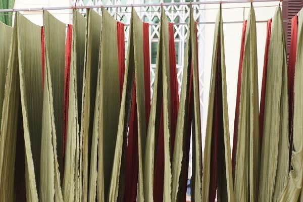 Làng nghề dệt lụa tơ tằm Nha Xá