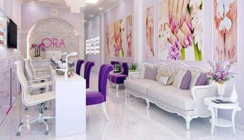 Không gian sang trọng hiện đại của địa chỉ nối mi đẹp Ora Nails Eyelash Salon