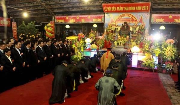 Đền Trần Thái Bình
