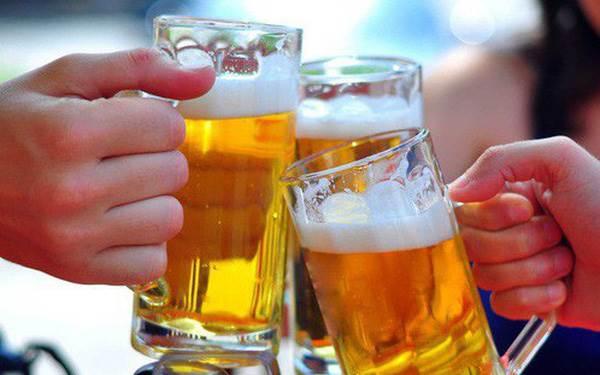 Tránh uống nhiều rượu bia