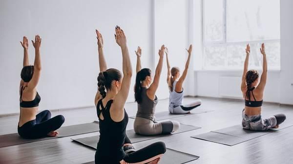 Tập yoga giúp thúc đẩy thói quen ăn uống lành mạnh hơn
