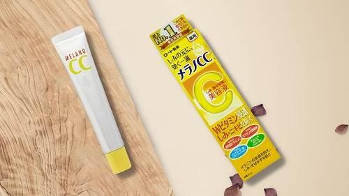 Melano CC Whitening Essence – serum trị mụn làm sáng da