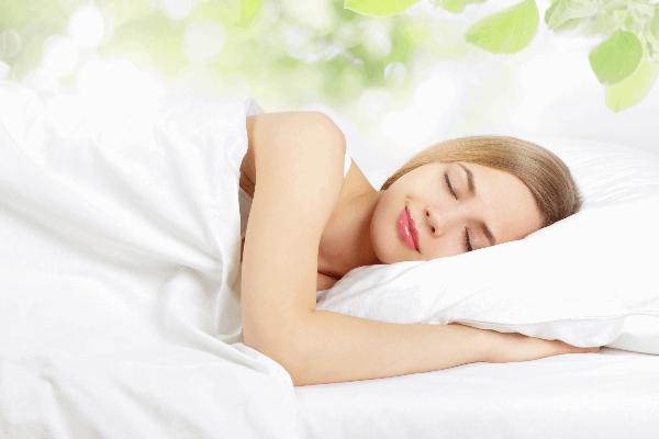 Ngủ đủ giấc, ngủ sâu là cách để bạn giúp cơ thể thải độc