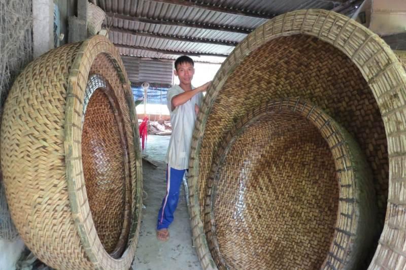 Top 10 làng nghề truyền thống -Làng thúng chai Phú Yên