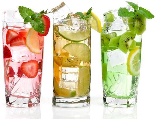 Uống nhiều nước mỗi ngày giúp cơ thể khỏe mạnh hơn