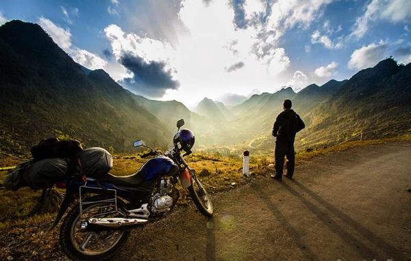 Du lịch Hà Giang bằng xe máy để chinh phục những con đường huyền thoại
